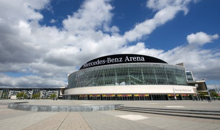 Mercedes-Benz-Arena_c_camera4-(7)_DL_PPT_0.jpg